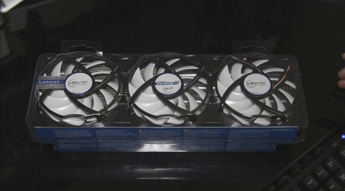Arctic Accelero Xtreme III Review (Replacing R9 290 Reference Cooler)